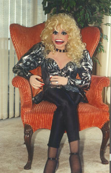 Dolly Parton Look alike puppet created by  Verna Finly